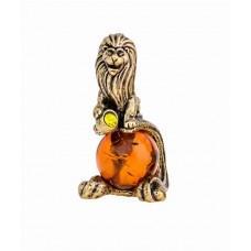 Знак Зодиака Лев с камнем